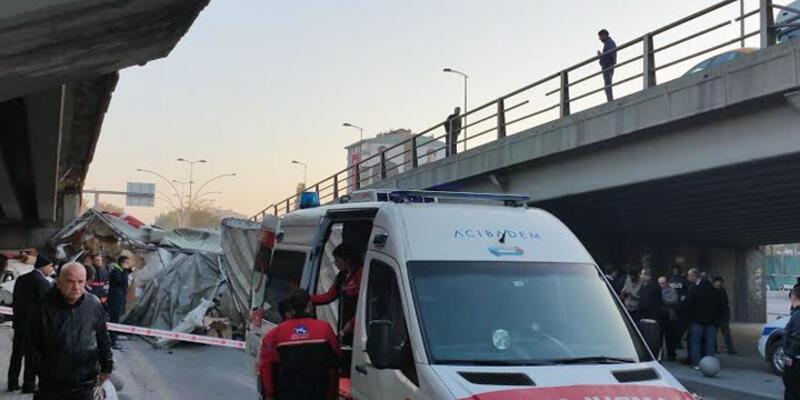 Ankara'da TIR köprüden uçtu: 6 kişi yaralandı