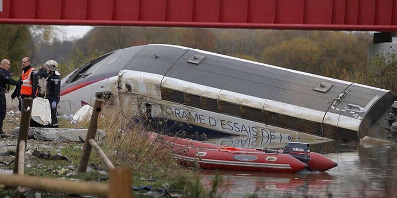 Fransa'da tren kazası: 10 ölü