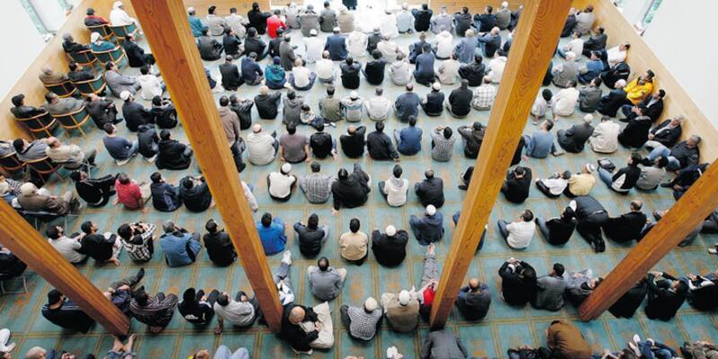 Slovakya'da Müslümanlar fişlenecek!