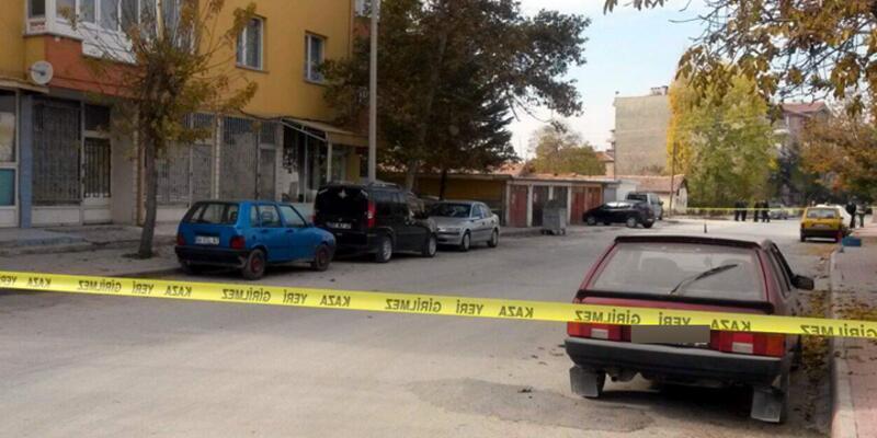 Konya'da bir polise ait otomobile bomba yerleştrildi