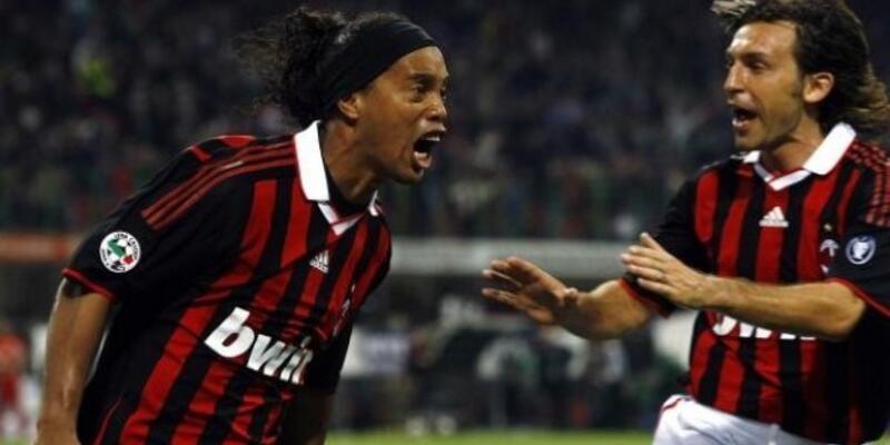 """""""Pirlo ve Ronaldinho'yla görüşüyoruz"""""""