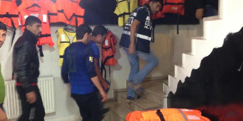 İzmir Basmane'ye şafak operasyonu