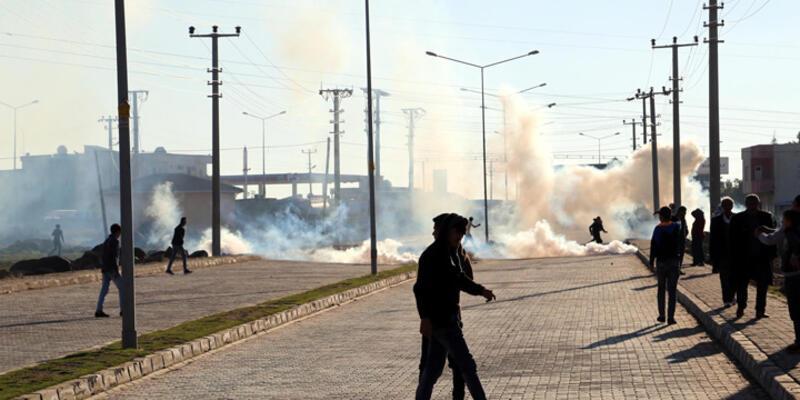 İdil'de yürüyüşe geçen gruba polis müdahalesi