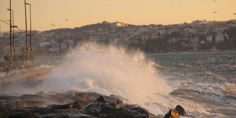 Marmara'yı şiddetli lodos vurdu