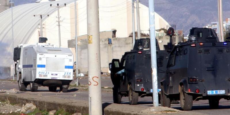 PKK İdil'de saldırdı: 1 polis yaralı
