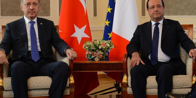 Erdoğan, Hollande ile telefonda görüştü