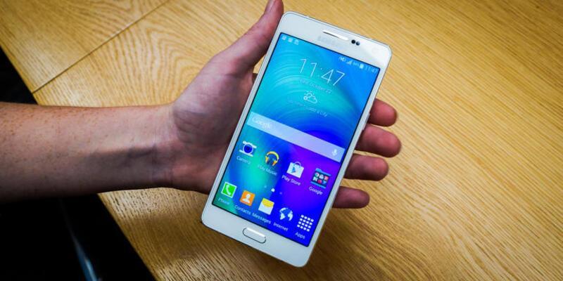 Samsung Galaxy A5 yenileniyor