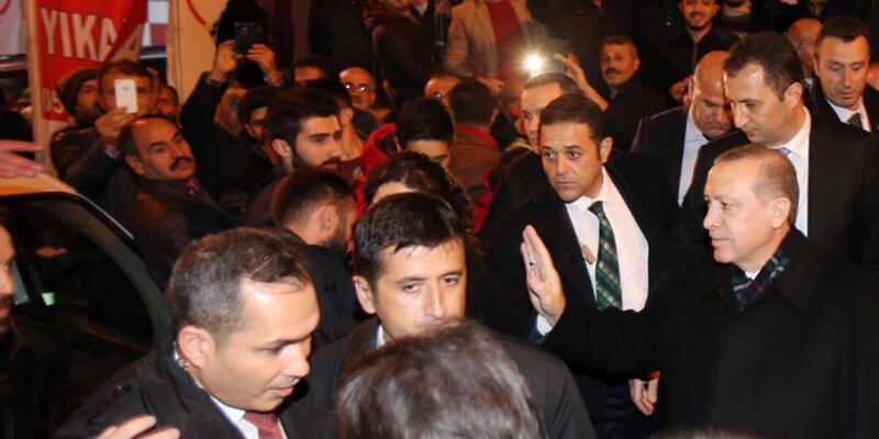 Erdoğan, taziye evinde kendisini alkışlayanlara engel oldu
