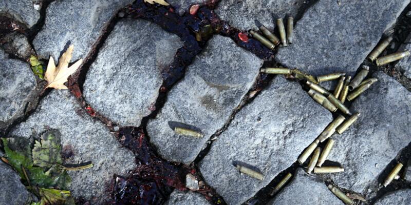 Tahir Elçi soruşturması: 150'ye yakın mermi isabet eden işyerinde 3 çekirdek bulundu