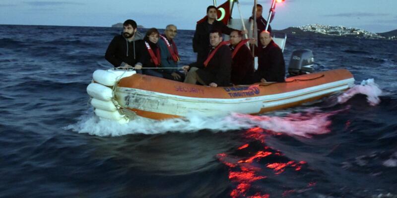 CHP'li vekiller mültecilerin rotasında denize açıldı