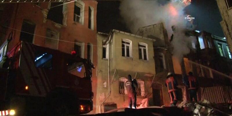İstanbul Fatih'te yangın