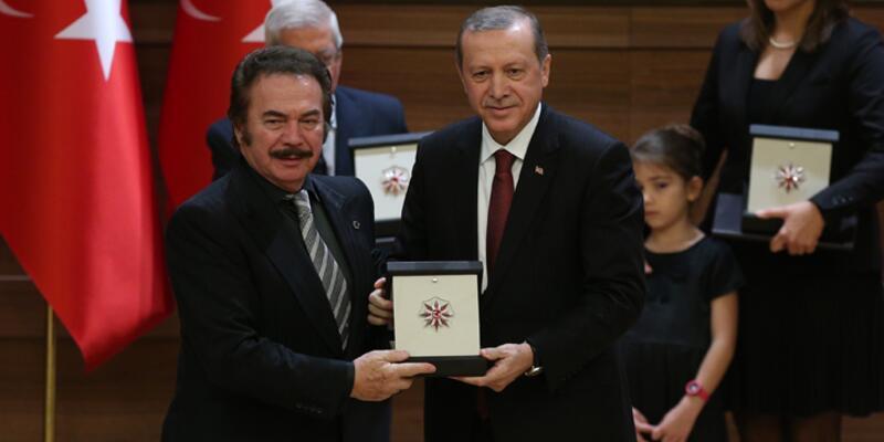 """Erdoğan'dan Orhan Gencebay yorumu: """"Bazı özel yaşadıklarım var"""""""