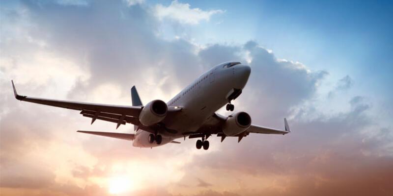 Hong Kong uçağı acil iniş yaptı