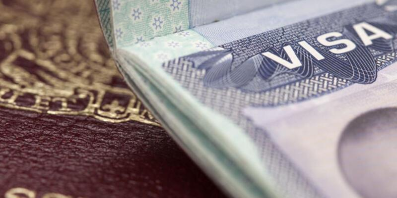Financial Times: 'Vize serbestisi anlaşması tehlikede'