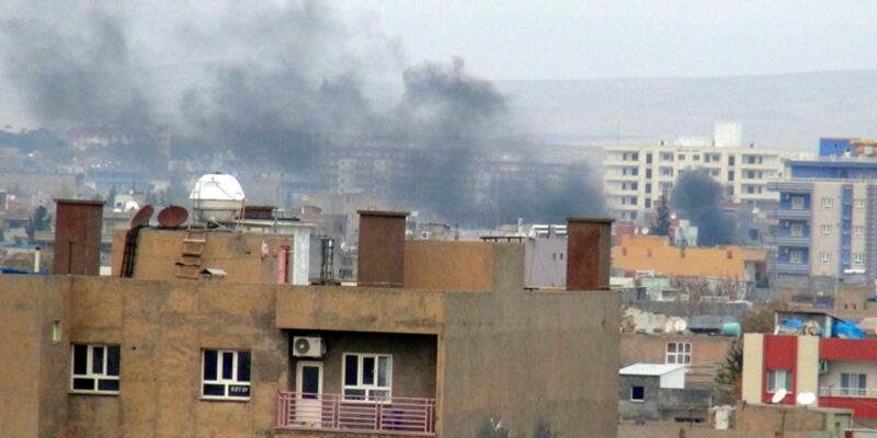 Nusaybin'de sabaha karşı patlama ve çatışma