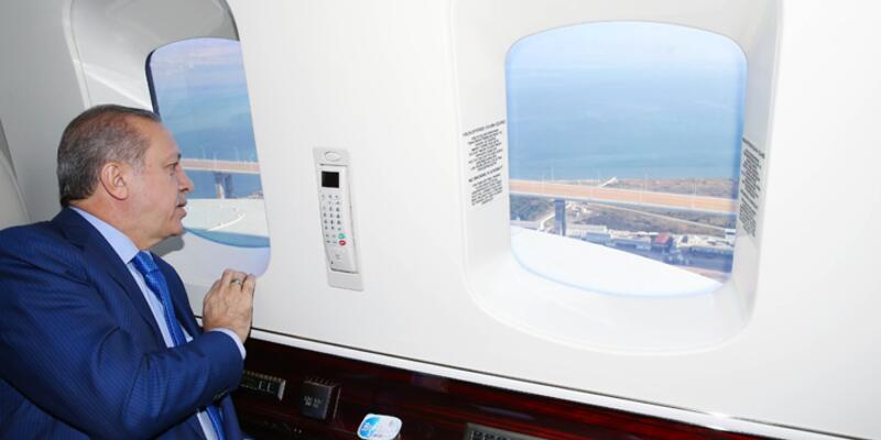Cumhurbaşkanı Erdoğan, İzmit Körfez Geçişi Köprüsü'nü havadan inceledi