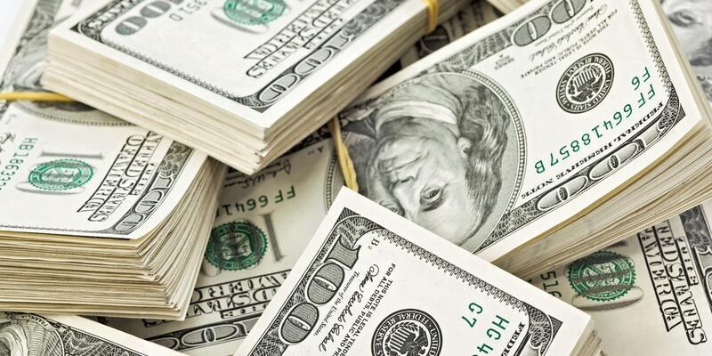 Faiz kararı piyasaları sarstı: Borsa düştü, dolar yükseldi