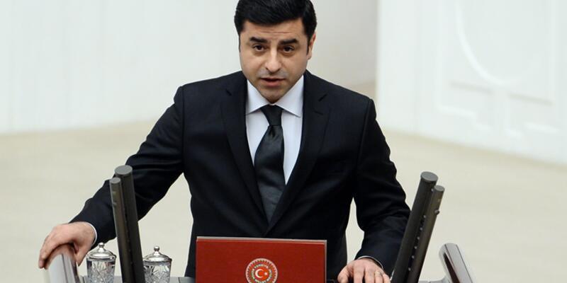 Selahattin Demirtaş Meclis'te yemin etti