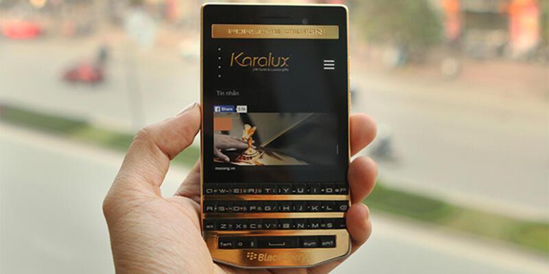 Altın kaplamalı BlackBerry