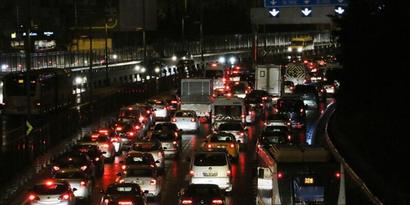 İstanbul trafiğe teslim!