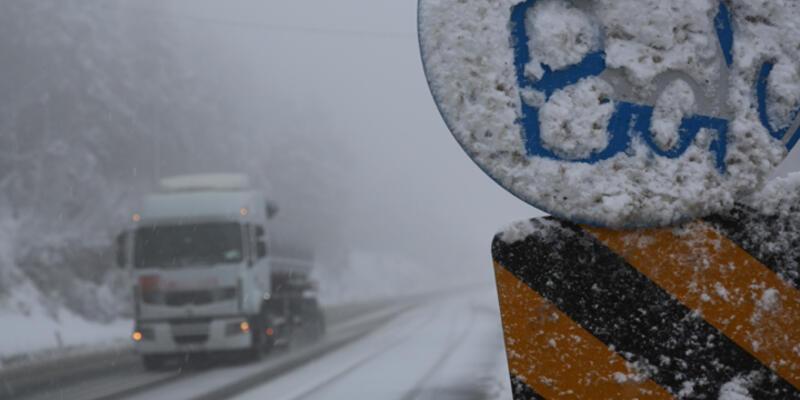 Bolu Dağı'ında kar yağışı başladı