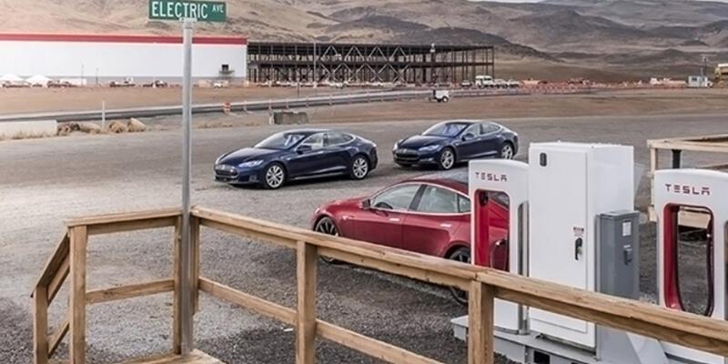 Yeni Tesla fabrikası Gigafactory 1