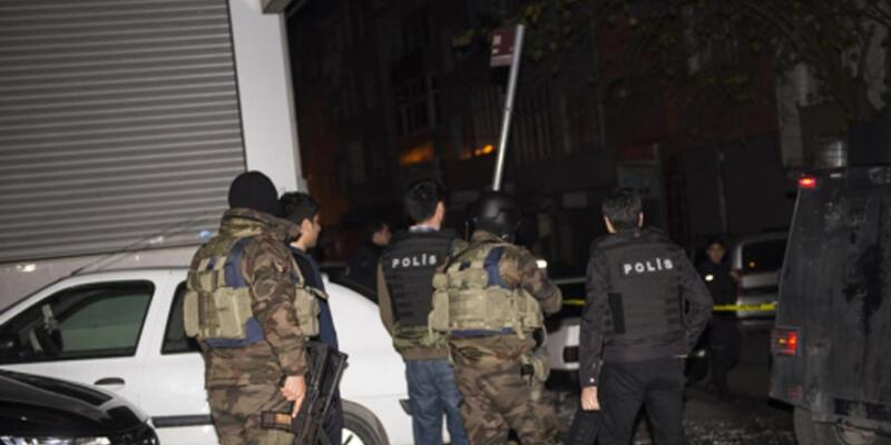 İzmir'de gözaltına alınan 11 şüpheli adliyede