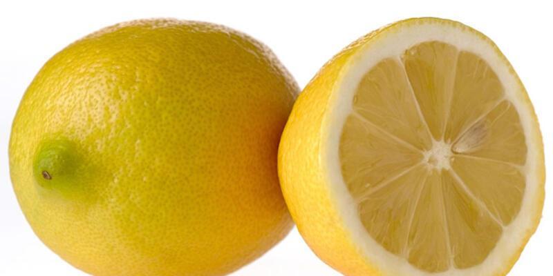 Limon şakası öldürdü!