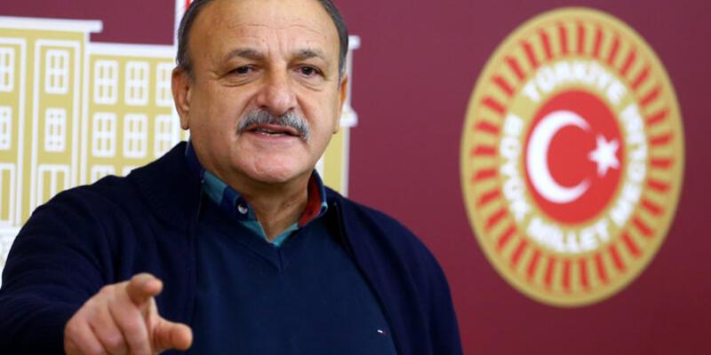 MHP'li Oktay Vural'dan anayasa açıklaması