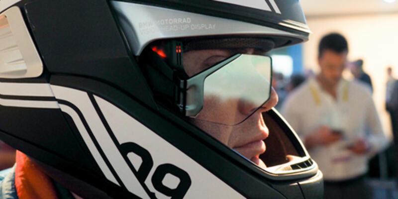 BMW'den akıllı kask
