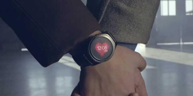 """Samsung'un yeni akıllı saati Gear S2 ile """"Dön Bebeğim"""""""