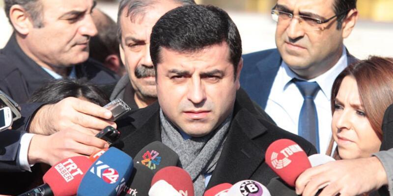 """Demirtaş'tan okul saldırısına çok sert tepki: """"Tam bir vahşet"""""""