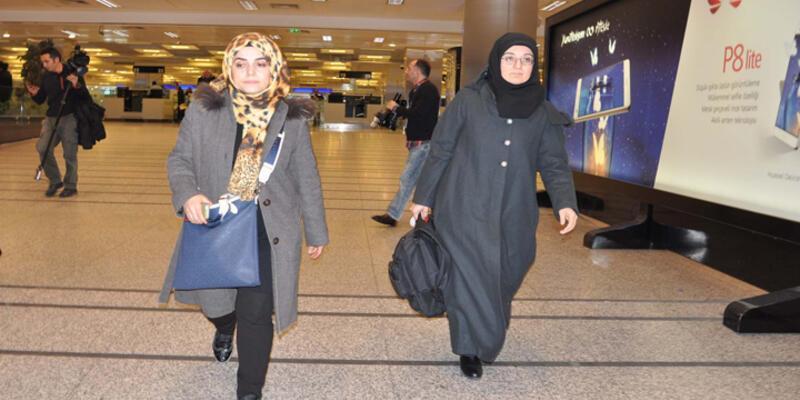 Tacikistan'da gözaltına alınan Türk avukatlar yurda döndü