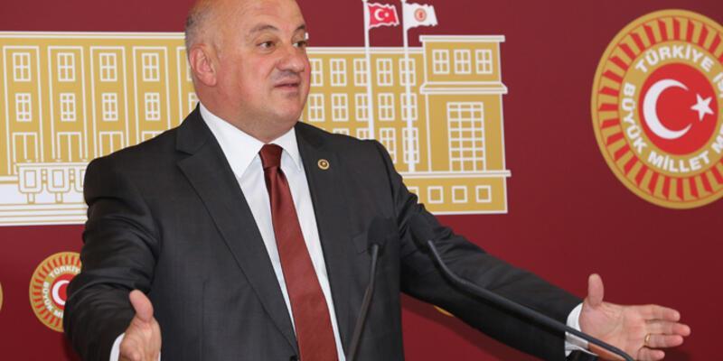 CHP YDK Başkanı Uğur Bayraktutan oldu