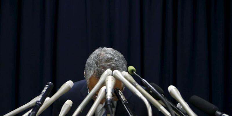 Japonya Maliye Bakanı yolsuzluk iddiaları nedeniyle istifa etti
