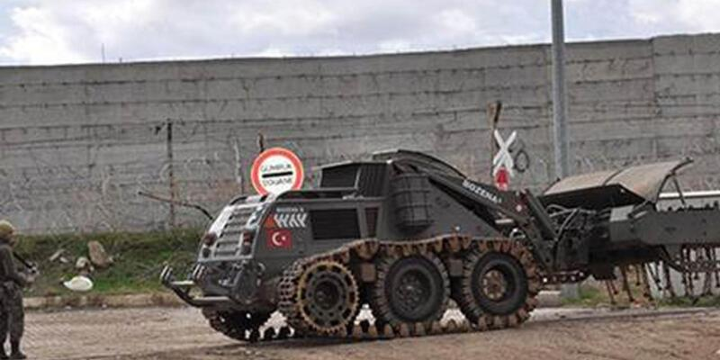 IŞİD militanları Türkiye sınırındaki askerlere ateş açtı