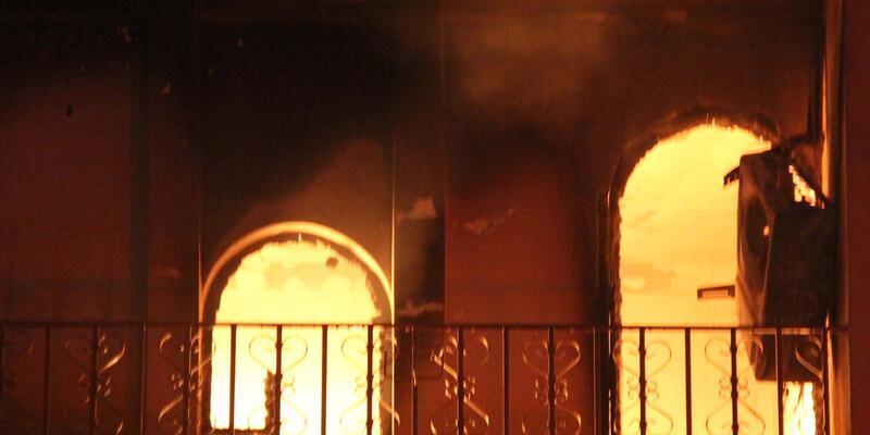 Şanlıurfa'da aynı ailenin 22 evi ateşe verildi