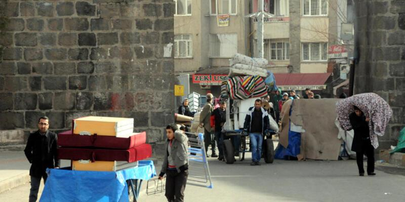 Sur'daki 4 mahallede daha sokağa çıkma yasağı