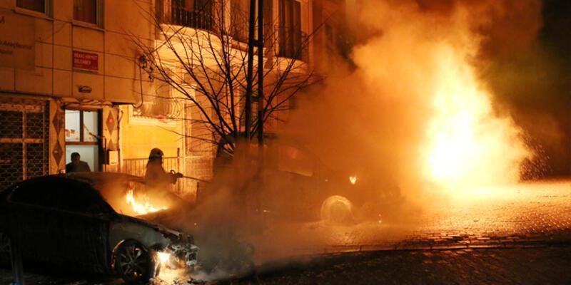 Kağıthane'de alevli gece: 7 araç kundaklandı