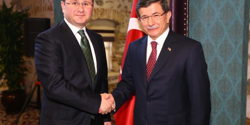 Başbakan Davutoğlu, medya temsilcileriyle buluştu