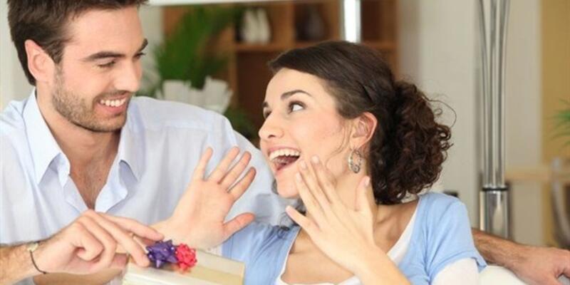 Sevgiliye internetten hediye alırken nelere dikkat etmeliyiz?