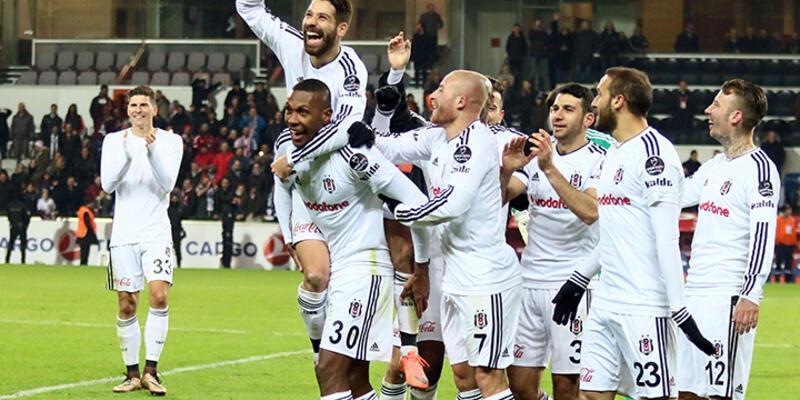 Beşiktaş 100. yıldaki performansını tekrarladı
