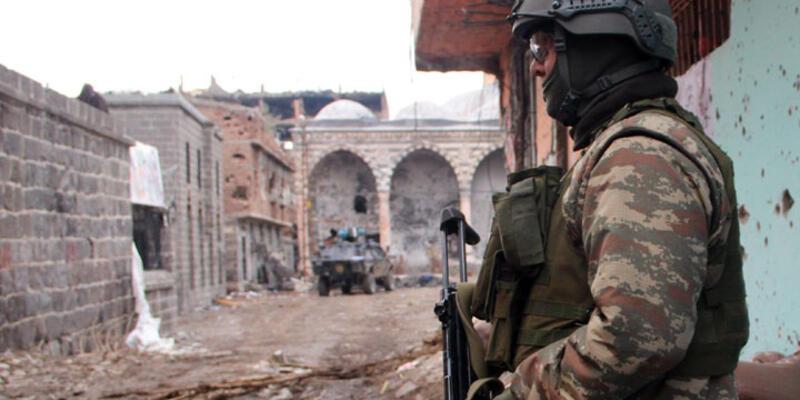 """Genelkurmay: """"Cizre ve Sur'daki operasyonlarda 752 terörist etkisiz hale getirildi"""""""