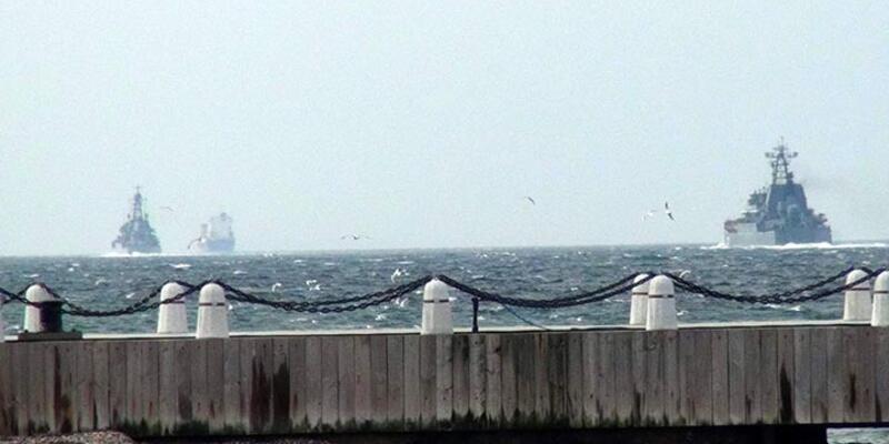 Rusya'nın Doğu Akdeniz'e giden gemileri boğazlardan geçti