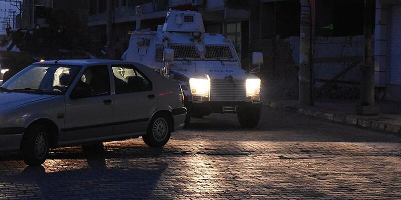 Nusaybin'de saldırı: 1 polis yaralı