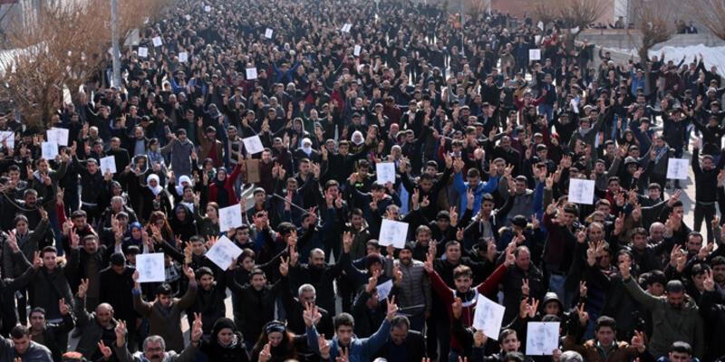 Van'da gergin gün: Polis müdahale etti