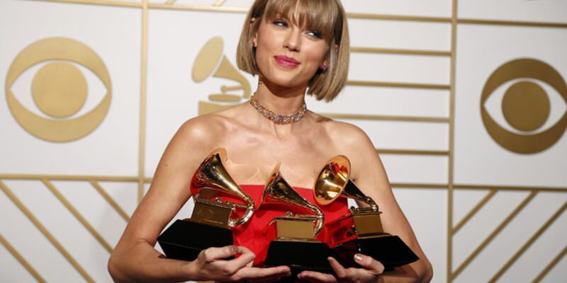 Taylor Swift Grammy'ye damgasını vurdu