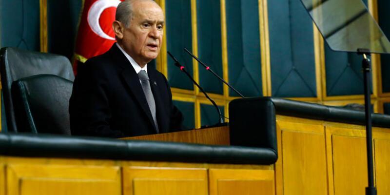 Bahçeli'den Başbakan Davutoğlu'na film önerileri