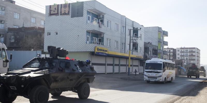 Cizre Belediyesi'ne polis baskını
