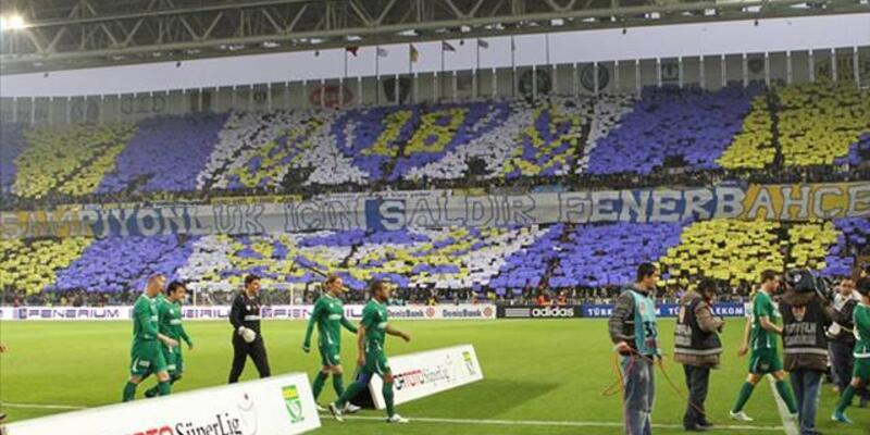 Fenerbahçe - Beşiktaş maçında iki tribündeki seyircilere ceza